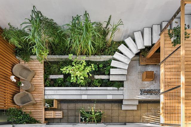 מעצב גינה לגג בניין משותף
