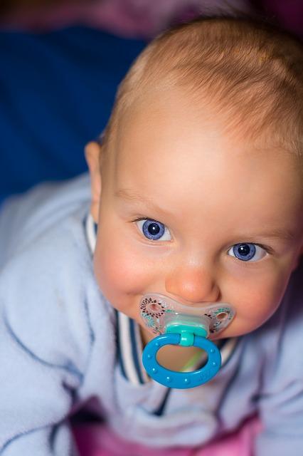 מעצבים חדר לתינוק